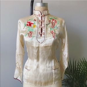 Vintage 70s Embroidered Flowers Chinoiserie Blouse